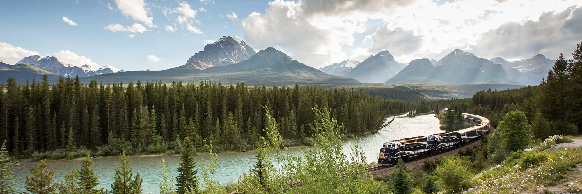 Rocky Mountaineer Train, Morant's Curve, Banff National Park